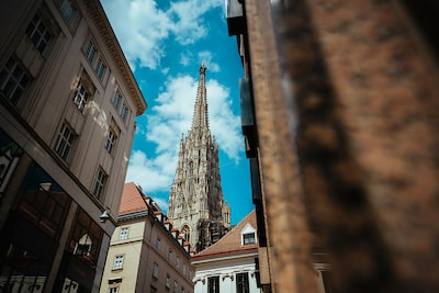 George-Kasionis-&-Stam-Tsopanakis-sony-alpha-7III-cathedral-spire-in-vienna
