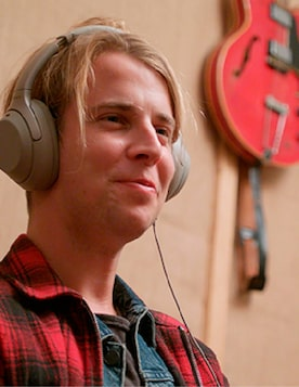 wow-mov_TOM ODELL